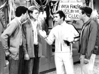 US TV sitcom Happy Days, 1975, broadcast by ABC. Pictured are Potsie (Anson Williams), Richie (Ron Howard), Fonzie (Henry Winkler) and Ralph Malph (Donny Most) (Source: Wikimedia Commons)