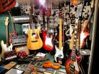 Replica of Rushworh's music store in Liverpool, where the Beatles bought their first Gibson guitars (Source: Wikipedia Commons)