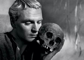 Hamlet, 1948 film, directed, produced and starring Laurence Olivier, Distributed by Rank Film Distributors (UK)