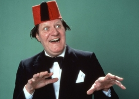 """Just like that"", the supreme British comedian, Tommy Cooper, 1921-1984 (Courtesy: Virgin Media)"