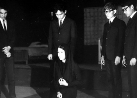 Naremon Thepchai Theatre production of Arthur Miller's 'Death of a Salesman', 1971(Source: Wikimedia Commons)|