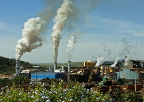 Sugar Factory with clean vapor emission, Minas Gerais, Brazil, 2007 (Source: Wikimedia Commons)