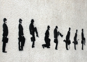 Monty Python's Silly Walk. Graffitti, Porto, Portugal (Source: Wikimedia Commons)