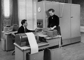 DIANA, the first computer built by Norwegian pioneer  Jens Glad Balchen at the Department of Engineering Cybernetics, NTNU in mid 1950s (Source: NTNU)